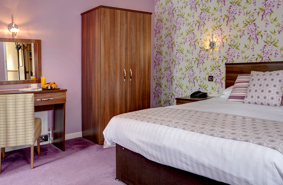Large Double Room, Dower House & Spa